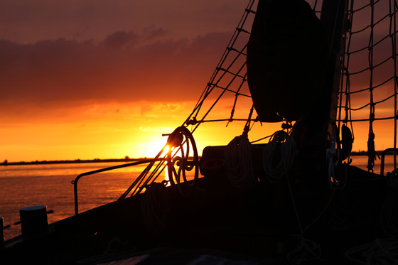 Abend segeln auf dem IJsselmeer