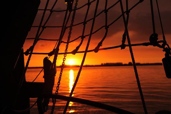 Abend segeln aus Volendam